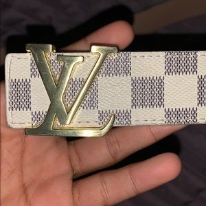 White and gold Louis Vuitton belt